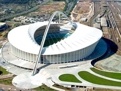 Sân vận động Moses Mabhida thuộc Trung tâm thể thao quốc tế Durban, phục vụ cho World Cup 2010.