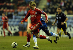 Man.City nhắm đến cả Fernando Torres của Liverpool
