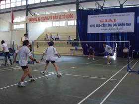 Trận chung kết môn cầu lông nôi dung đôi nam 55 tuổi trở xuống.