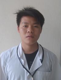 Kỹ thuật viên Nguyễn Mạnh Hùng.