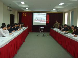 Các đơn vị tham gia trao đổi hiệu quả hoạt động các dự án.
