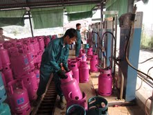 Công nhân Công ty TNHH một thành viên Thiên An đã nâng cao ý thức tuân thủ thực hiện công tác bảo hộ lao động trong lao động sản xuất