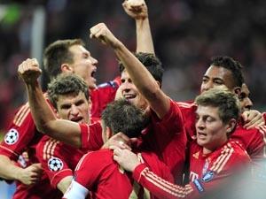 Niềm vui của các cầu thủ Bayern.