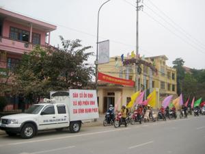 Chi cục DS-KHHGĐ tổ chức truyền thông lưu động về chính sách dân số trên địa bàn TPHB.