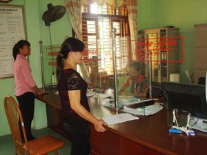 Học tập và làm theo tấm gương đạo đức, phong cách của Bác, đội ngũ CBCC thị trấn Lương Sơn đã nêu cao tinh thần trách nhiệm phục vụ nhân dân.