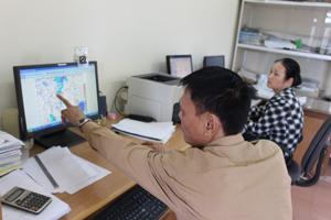 Trung tâm Khí tượng thủy văn tỉnh cập nhật mây vệ tinh, bản đồ số trị trên mạng internet phục vụ công tác dự báo, thu nhận thông tin thời tiết khu vực.