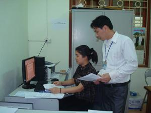 Thiết thực làm theo tấm gương đạo đức Hồ Chí Minh, đội ngũ CB, CC phường Tân Thịnh tích cực tự học, tự nghiên cứu nhằm nâng cao trình độ, năng lực công tác, đáp ứng yêu cầu, nhiệm vụ được giao.