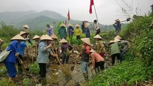 Sau lễ phát động, nhân dân xóm Rộc, xã Nật Sơn tích cực ra quân hưởng ứng chiến dịch Toàn dân làm thủy lợi.