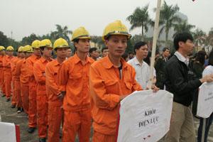 Khối Điện lực huyện Cao Phong tham gia Tuần lễ quốc gia về ATVSLĐ - PCCN lần thứ 17/2015.