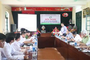 Đồng chí Bùi Văn Cửu, Phó Chủ tịch TT UBND tỉnh, Trưởng Ban chỉ đạo liên ngành VSATTP phát biểu tại hội nghị.