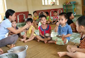 Trường mầm non Đồng Môn góp phần nâng cao tỷ lệ huy động trẻ em ra lớp.