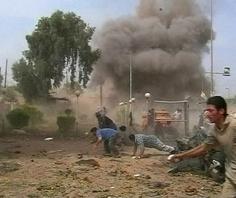 Cảnh hoảng loạn sau vụ đánh bom tại Hillah.