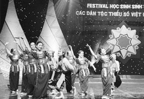 Tại nhà hát ca múa nhạc Việt Nam đã  diễn ra khai mạc Festival học sinh,  sinh viên các dân tộc thiểu số.