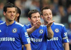 Chelsea đang hướng tới cú đúp quốc nội đầu tiên trong lịch sử
