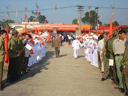 Các làng văn hóa trên địa bàn huyện Yên Thủy vui ngày hội đại đoàn kết toàn dân