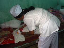 Các bác sĩ của Bệnh viện chăm sóc sức khỏe trẻ em chu đáo