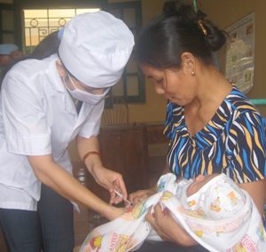 Các gia đình cần lưu ý tiêm vắc xin là biện pháp tốt nhất phòng bệnh truyền nhiễm