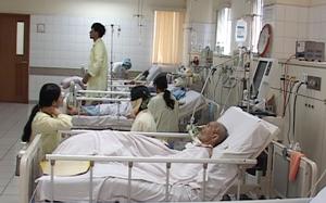 Khoa điều trị tích cực tiếp nhận nhiều bệnh nhân nặng nhập viện trong đợt nắng nóng vừa qua.