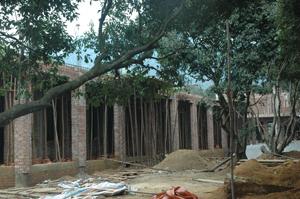 Dựa án trường mầm non xã Cố Nghĩa (Lạc Thủy) hiện đã được triển khai xây dựng gần 40% khối lượng công việc.