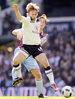 Tiền vệ Luka Modric (Totenham Hotspur) đã có một mùa bóng tuyệt vời.