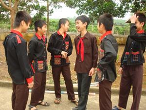 Hiện nay, đang khá phổ biến tình trạng học sinh nam đông hơn học sinh nữ trong các trường học. (ảnh chụp tại trường PTDTNT huyện Cao Phong).