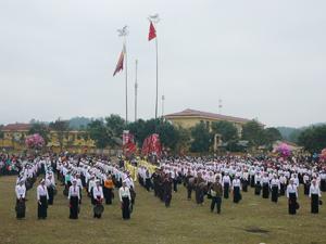 Lễ hội khai hạ Mường Bi được tổ chức hàng năm tại xã Phong Phú ( Tân Lạc) mang đậm nét văn hóa dân tộc.