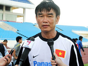 HLV trưởng ĐTVN Phan Thanh Hùng.