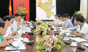 Đoàn công tác Bộ NN&PTNT làm việc với lãnh đạo UBND tỉnh.