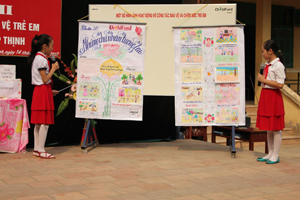 """Nội dung """"Những chủ nhân tương lai"""" của học sinh xã Hợp Thịnh (Kỳ Sơn) được BTC đánh giá cao tại Hội thi bảng tin trong trường học."""
