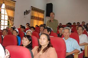 Với cương vị là Chủ tịch Hội nạn nhân CĐDC huyện Tân Lạc, ông Nguyễn Anh Thi kêu gọi các cấp ủy Đảng, chính quyền và cộng đồng xã hội quan tâm, giúp đỡ về vật chất, tinh thần cho các nạn nhân chất độc da cam.