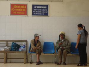 Nhờ làm tốt công tác tuyên truyền, huyện Mai Châu không còn tình trạng người hút thuốc lá trong khuôn viên Bệnh viện Đa khoa huyện.