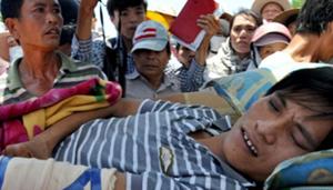 Ngư dân Nguyễn Tấn Hải bị lực lượng kiểm ngư Trung Quốc đánh trọng thương