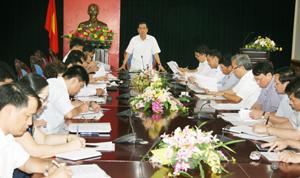 Đồng chí Nguyễn Văn Quang, Chủ tịch UBND tỉnh kết luận cuộc họp.