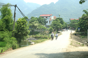 Ngầm Bo - Kim Bình (Kim Bôi) được xác định là điểm đen giao thông mùa mưa lũ.