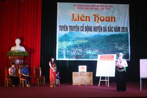 Tiết mục tuyên truyền miệng của đơn vị xã Hiền Lương, Đà Bắc.