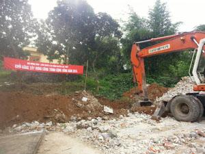Địa điểm khởi công Công trình Nhà văn hóa thôn Đồi, xã Thanh Nông, huyện Lạc Thủy.
