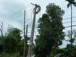 Đưa điện về làng