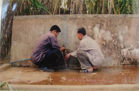 Cứ vào mùa khô, nhiều hộ dân phường Thái Bình lại rơi vào tình trạng thiếu nước sinh hoạt.