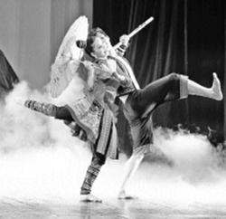 Tiết mục múa Men Tình đoạt giải A tại liên hoan tác phẩm múa các dân tộc Việt Nam.