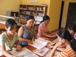 Các điểm bưu điện văn hóa xã ngày càng đáp ứng được nhu cầu tìm hiểu thông tin của bà con nhân dân
