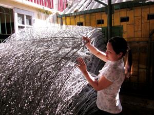 Các xã có công trình hồ đập trọng điểm được trang bị rọ thép xử lý sự cố hồ đập hư hỏng do mưa bão.