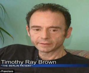 """Brown hiện sống ở San Francisco Bay Area (Mỹ) tuyên bố với báo giới: """"Tôi đã có HIV nhưng giờ không còn nữa""""."""