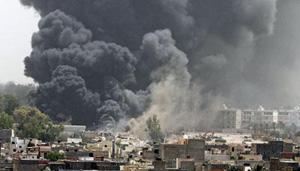 Ông Gaddafi vẫn còn kiểm soát ở Tripoli, còn phe nổi dậy chiếm đóng Benghazi và phần lớn miền Đông.