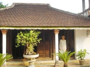 Một ngôi nhà cổ ở làng Hội Kỳ.