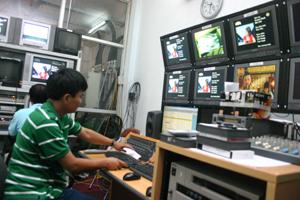 Đài PT-TH tỉnh được trang bị cơ sở vật chất, thiết bị hiện đại phục vụ công tác sản xuất chương trình.