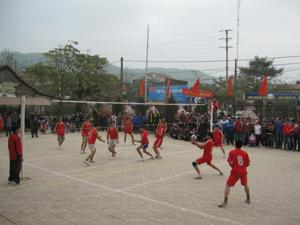 Giải bóng truyền huyện Lạc Thủy năm 2011