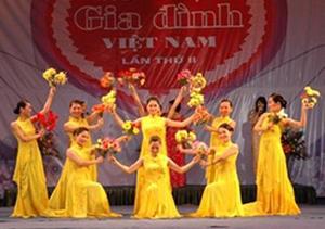 Biểu diễn nghệ thuật trong Ngày gia đình Việt Nam