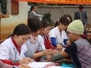 Phụ nữ xã Hợp Thành được quan tâm CSSKSS.