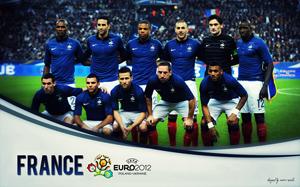 Tuyển Pháp đang tỏ ra vượt trội so với người Anh.