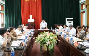 Đồng chí Hoàng Việt Cường, Bí thư Tỉnh ủy phát biểu kết luận hội nghị.